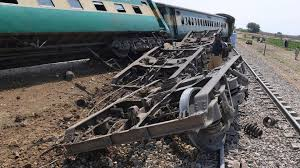 over 40 killed in gas canister blast and fire on Pakistan train 1