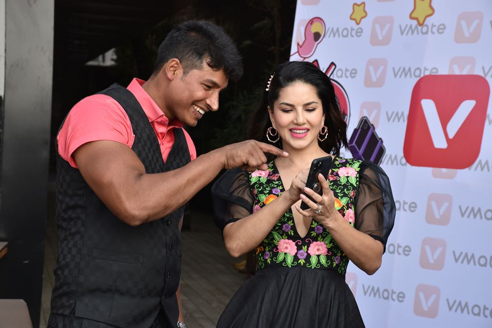 Sunny Leone chooses Abdullah Pathan- the strongest man on VMate as her Mr. V 1