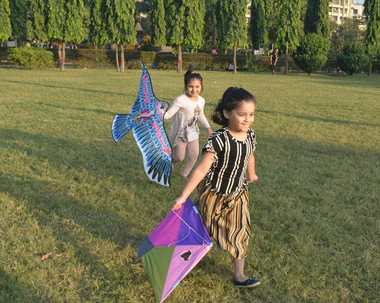 Wockhardt Hospital Celebrate Kite Flying Festival with Patients 1