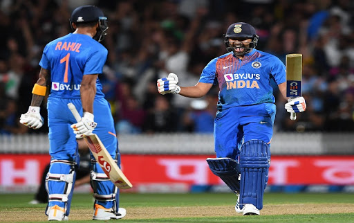 India set a victory target of 166 runs before New Zealand in the fourth T-20 1