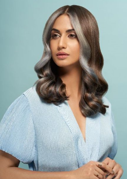 This wedding season, look like a million bucks by trying out the hottest hair trend- Money Piece 1