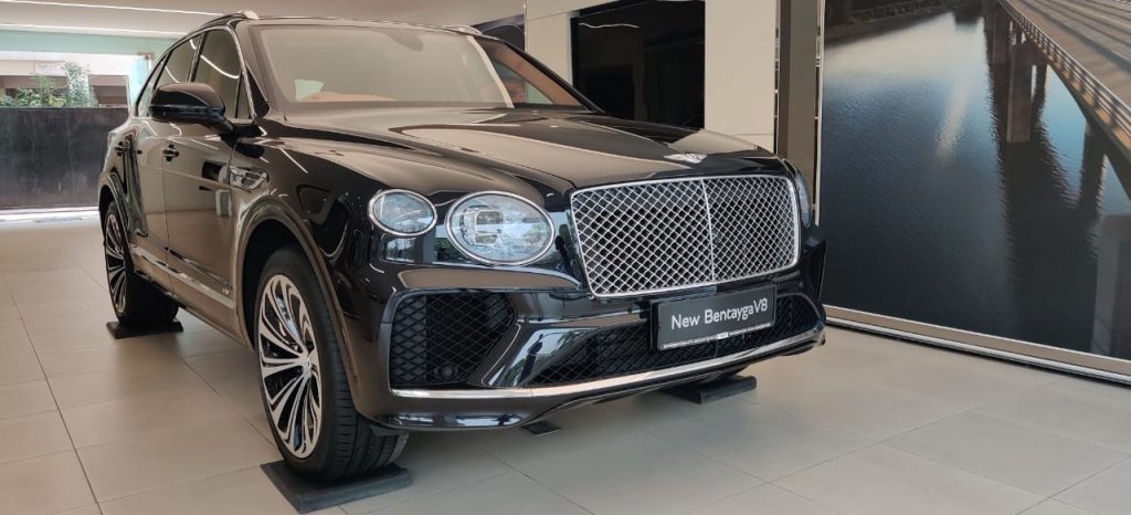 THE NEW BENTLEY BENTAYGA AND THE ALL-NEW BENTLEY FLYING SPUR IN HYDERABAD 1