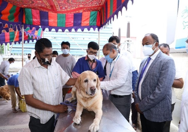 Indian Immunologicals administers 1 Lac FREE dosages of Anti-rabies vaccine on World Zoonosis Day 2021 1