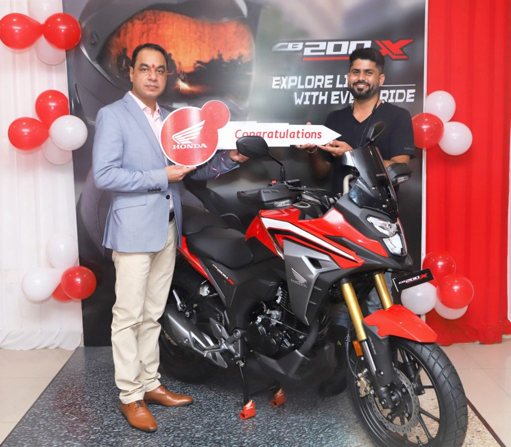 Honda 2Wheelers India commences deliveries of the all-new CB200X 1