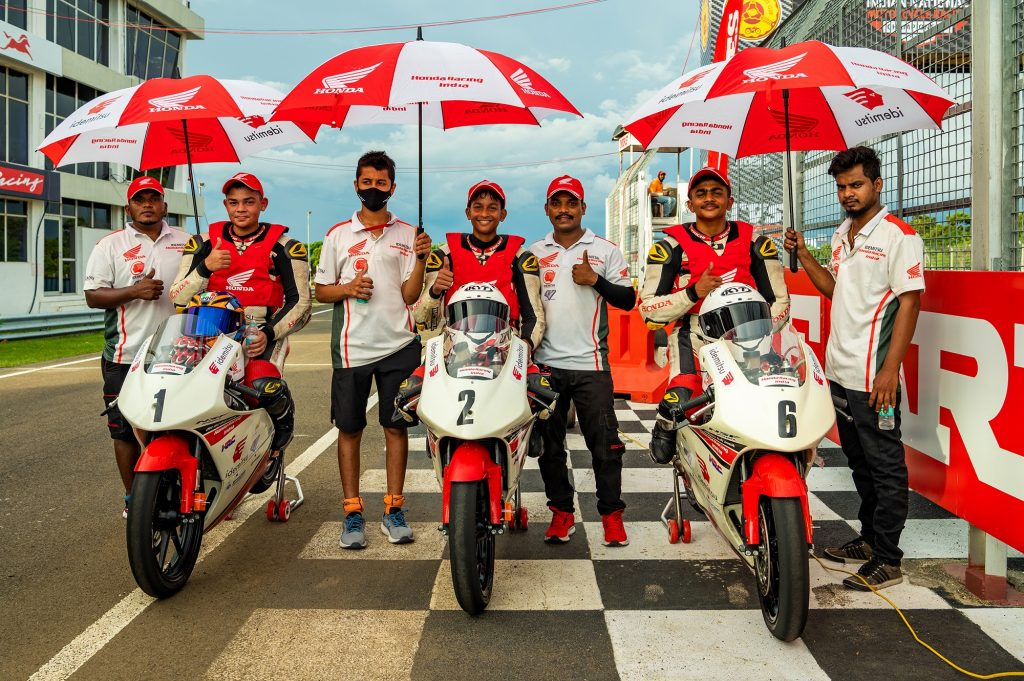 Next-gen riders put up an impressive show on day 1 of round 3 of MRF MMSC FMSCI Indian National Motorcycle Racing Championship 2021 1